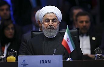 İran Trump ve Macron'u hedef aldı