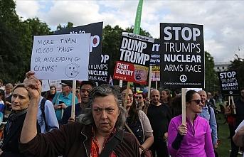 Londra'da Trump karşıtı gösteri