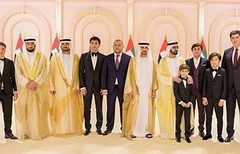 Özbek liderin ailesi Dubai Emiri'nin düğün töreninde boy gösterdi