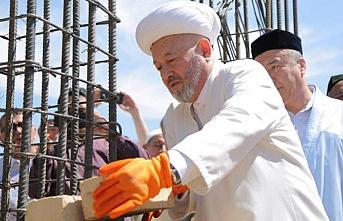 Taşkent'te 3 bin kişilik Eshona Babakhan caminin ilk tuğlası konuldu