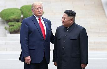 Trump ile Kim 'silahsızlandırılmış bölgede' görüştü