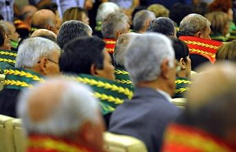 9 hakim ve savcı FETÖ irtibatı nedeniyle görevden uzaklaştırıldı