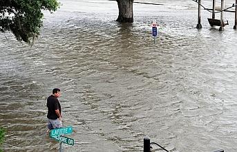 ABD'deki Barry Kasırgası tropikal fırtınaya dönüştü
