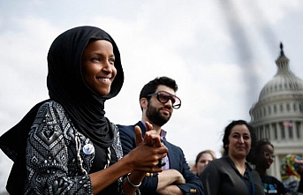 ABD'nin 2020 başkan aday adayından İlhan Omar'a destek