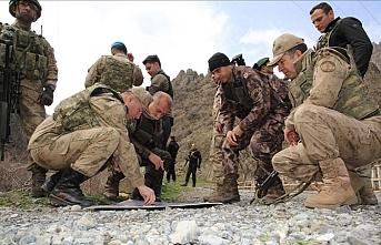 Askere psikolojik destek merkezleri oluşturulacak