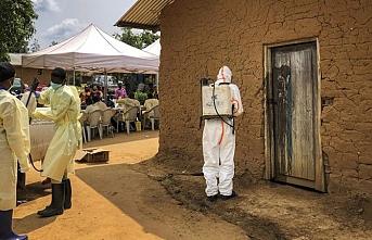 Ebolalı papazın Kongo'da gezmesine müdahale