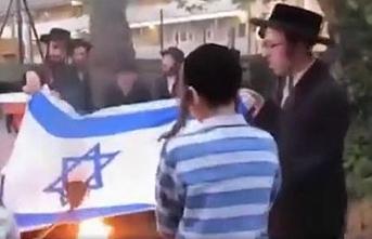 Falaşa Yahudiler İsrail bayrağını ateşe verdi