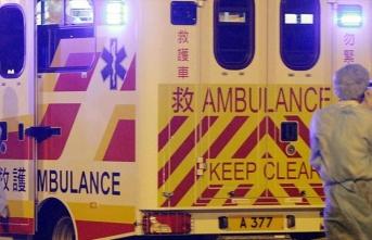 Hong Kong'da iki otobüs çarpıştı : 77 yaralı