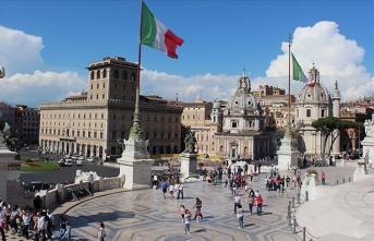İtalya'da koalisyon ortakları arasındaki tartışma büyüyor