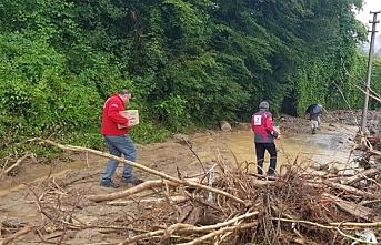 Kızılay'dan sel bölgesine 500 kişilik yardım