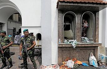 Sri Lanka'da eski Savunma Bakanı ve Emniyet Müdürü tutuklandı