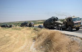 Suriye sınırındaki askeri birliklere obüs ve tank takviyesi yapıldı