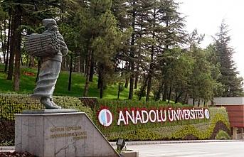 Anadolu Üniversitesi kayıtlarında e-Devlet dönemi