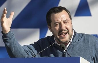 'Başbakan Conte'ye 'güvensizlik oyu' vereceğiz'