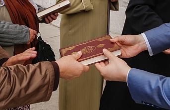 İngiltere'nin aşırı sağ partisinden teklif: 'Kur'an dağıtımı yasaklansın'