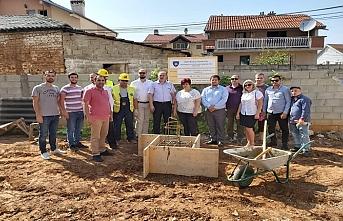 Kosova'da 34 Türk ailesi ev sahibi oldu