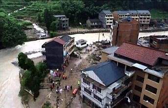 Lekima tayfunu vurmaya devam ediyor: 48 ölü, 21 kayıp