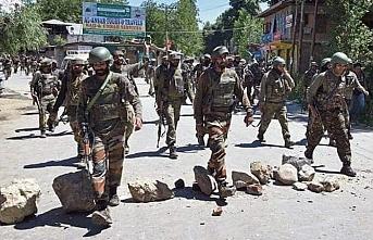 Özerklik statüsü kaldırılan Keşmir'de güvenlik operasyonları yoğunlaştı
