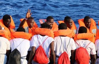 Sivil toplum kuruluşları Akdeniz'de göçmen kurtarmaya devam ediyor