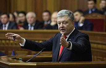 Soruşturmalar Poroşenko'nun yakasını bırakmıyor