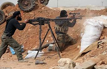 Suriye - Türkiye sınırındaki Türkmen Barih beldesinde patlamalar, 1 ölü 19 yaralı