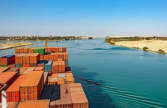 Süveyş Kanalı Mısır'ı sömürgecilerin hedefi yaptı