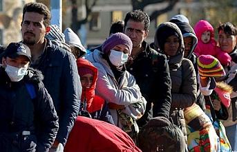 Almanya'da mültecilere yönelik şiddet sürüyor