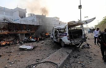 Askeri üsse intihar saldırısı: 8 ölü