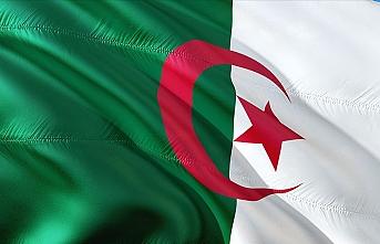 Cezayir'de ordu cumhurbaşkanlığı seçimlerinde tarafsız kalacak