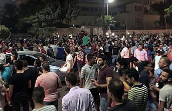 Darbeci Sisi'ye öfke büyüyor