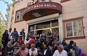 Diyarbakır'da evlat nöbeti devam ediyor: En büyük kandil burasıdır