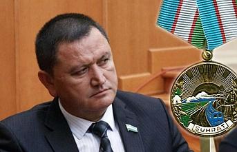 Özbek Valinin ses kaydında, başörtü ve sakal bırakanlara operasyon iddiası