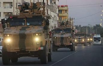 Sınırda sıcak dakikalar: Zırhlı araçlar harekete geçti