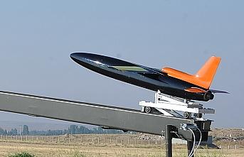 Yerli hedef uçak sistemi Şimşek'e ilk yurt dışı görevi