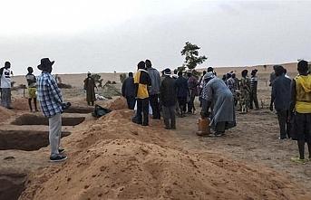 Yolcu otobüsü mayına çarptı: 20 ölü, 15 ağır yaralı