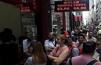 Arjantin'de yatırım amaçlı dolar satın alımı 200 dolarla sınırlandırıldı