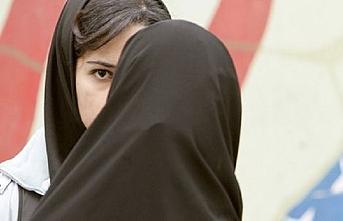 Dağıstan'da başörtülü kızlar fişleniyor