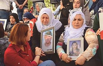 Diyarbakır'da evlat nöbeti devam ediyor: 28 yıl geçse de buradayız