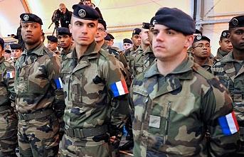 Fransa Suriye'den asker çekebilir