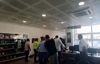 Gemlik Belediye Başkan Yardımcısı makam odasında rehin alındı