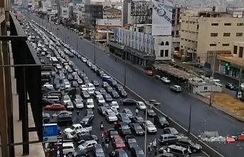 Lübnan Başbakanı yolların açılmasını istedi
