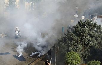 Lübnan'da Hizbullah ve Emel Hareketi yanlıları göstericilere saldırdı