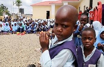 Nijerya'daki Türk okulundan Barış Pınarı Harekatına destek