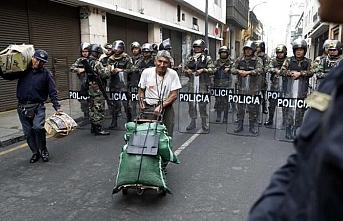 Peru'da meclis ve hükümet arasındaki krizde yeni bir istifa