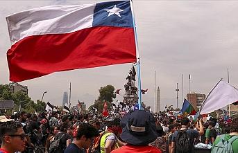 Şili'de ilan edilen 'acil durum' kaldırılıyor