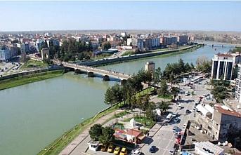 Samsun'da toprak kayması oluşan bina tahliye edildi