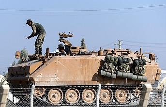 Türk tankları Tel Abyad'a girmek için bekliyor
