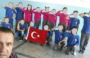 Türkiye'nin operasyonuna asker selamı veren Kosovalı çocuklara soruşturma