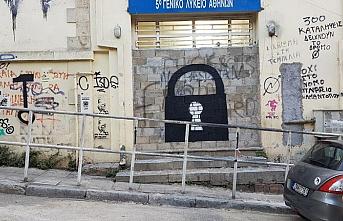 Yunanistan'da sığınmacıların otellere yerleştirilmesine engel