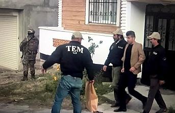 Belediye başkanı ve Eş Başkanı gözaltına alındı